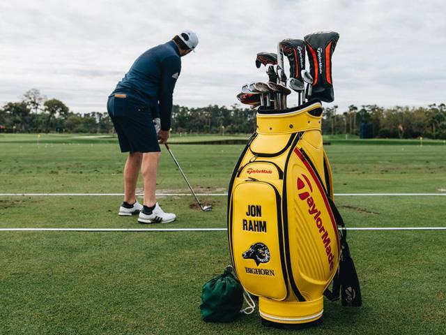 3a2f5cf3eeb98 14 Marzo 2019 – Posiblemente las bolsas de golf más impresionantes que se  van a ver esta semana en THE PLAYERS Championship