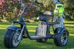 Boston Golf – Muévete de manera diferente con los scooters de golf de MAA Bikes